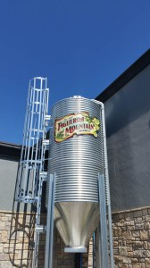 Restaurant Figueroa Mountain Brewing DiBond sign
